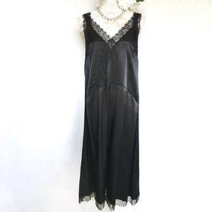 H&M // 20s Style Black Lace Trim Satin Midi Dress